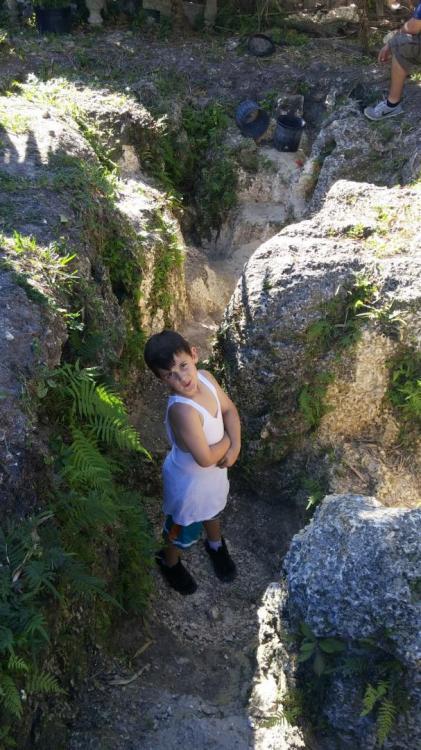 grotto2.jpg
