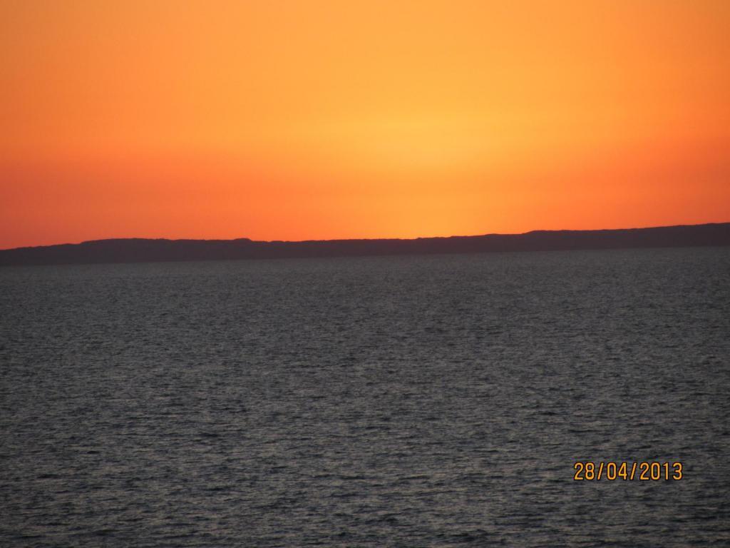 Port_Walcott_Yacht_Club_Sunset_011.thumb.JPG.949c572db72beb50e61b32df23115614.JPG