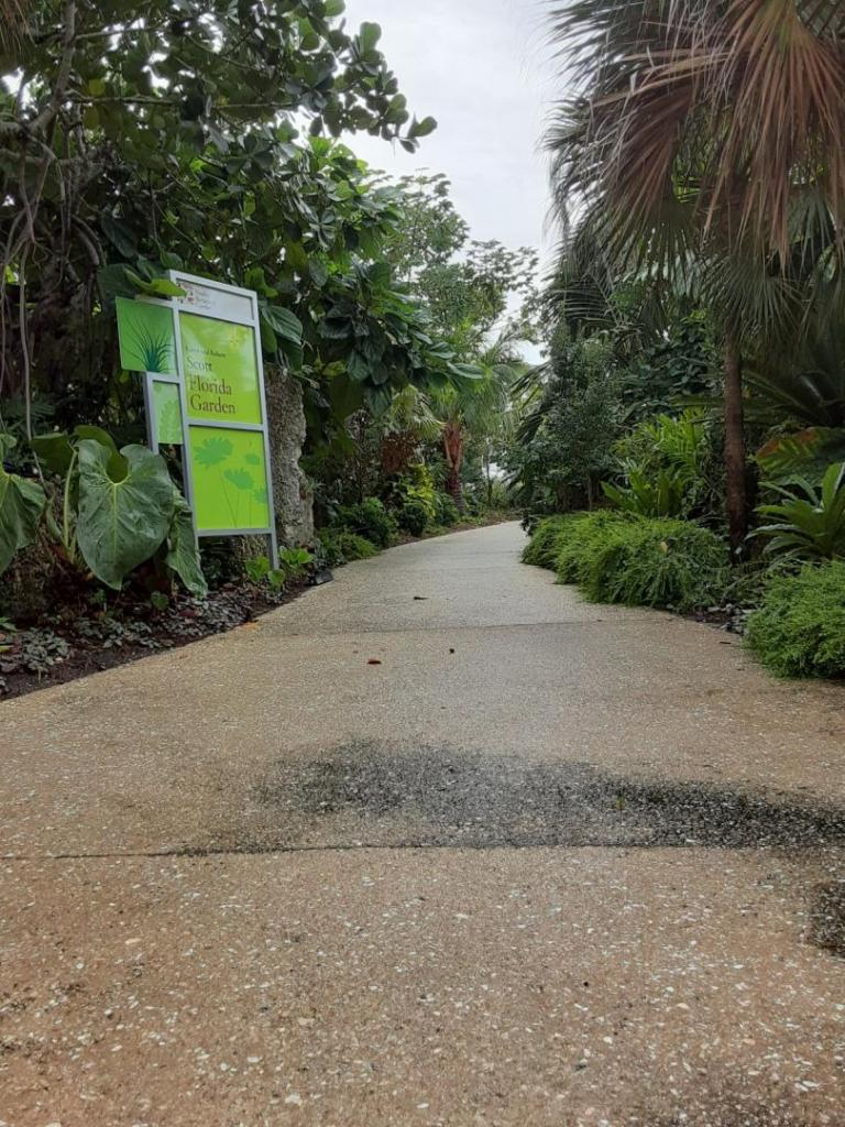 0014_Florida_Garden.jpg