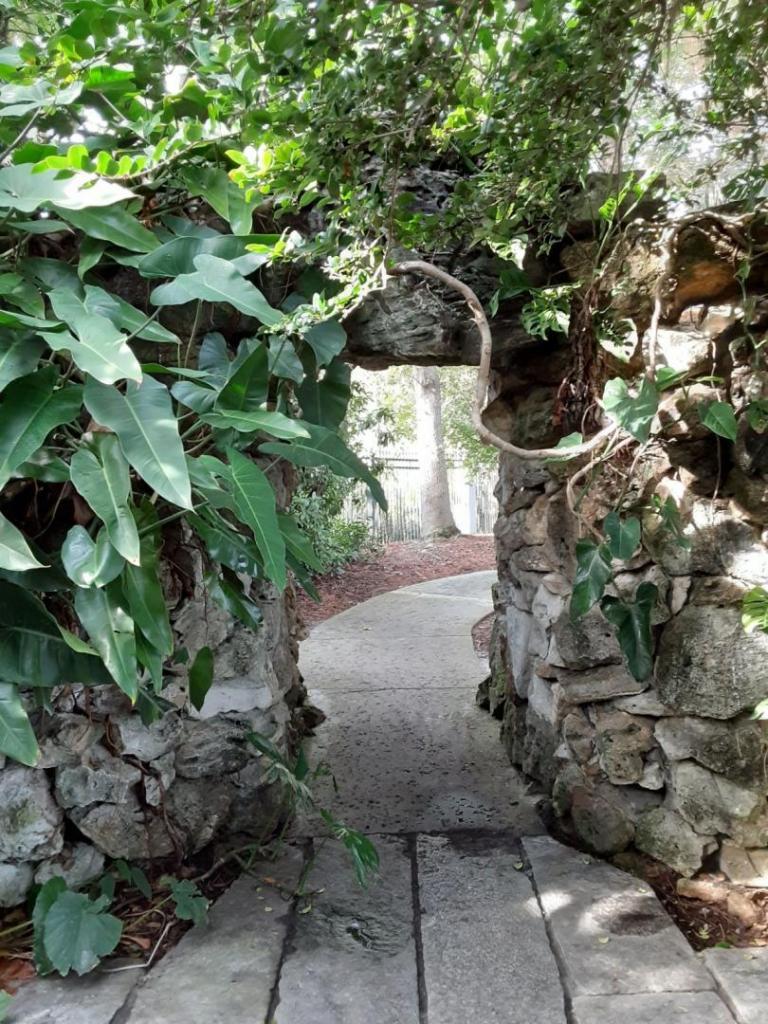 0029_Stone_doorway.jpg