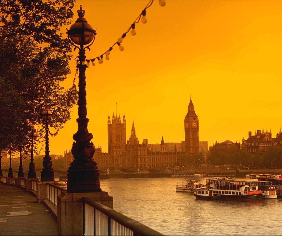 London-UK-Ampersand-travel-3-.jpg.afbb778bc8a4f104bd51ee59b392ed58.jpg
